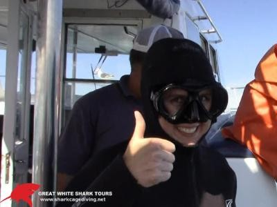 Daily Shark Cage Diving Blog - 16 October 2019